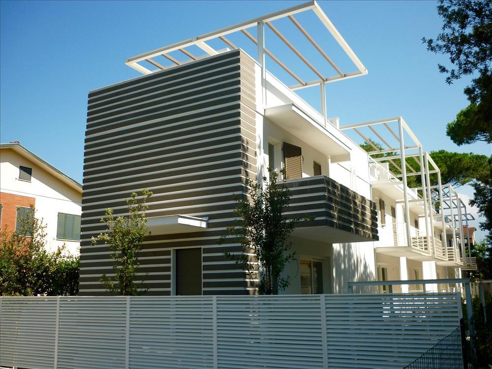 Villa a Schiera in  Vendita Ronchi codice: V029