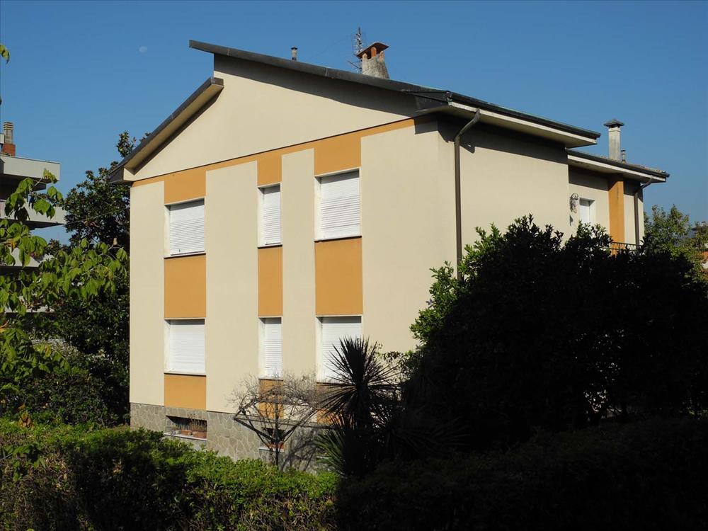 Villa Singola in  Vendita Centro città codice: V059