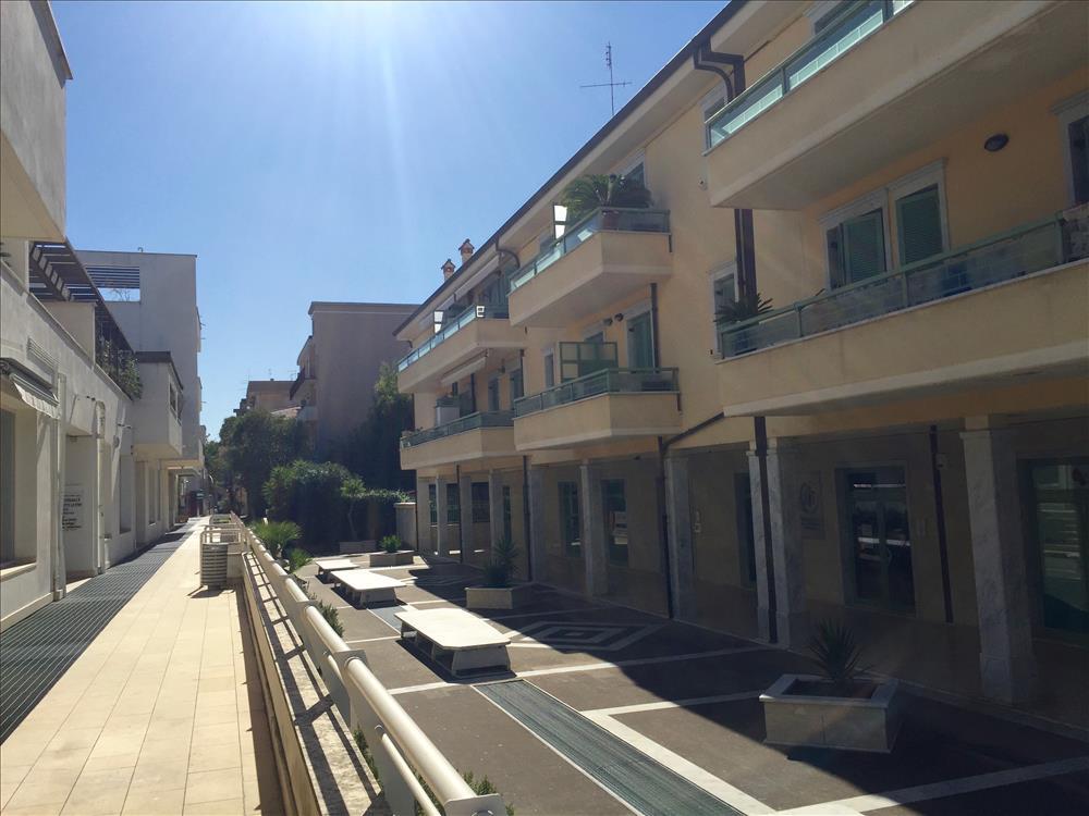 Appartamento in  Vendita Marina Di Massa codice: V098